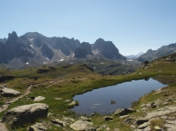 Lago di altitudine durante una gita nella valle del Clarée
