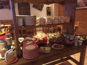 La colazione al Chalet d'en Hô a Névache